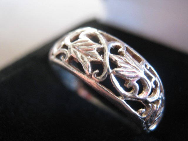 Filigree Leaf Motif Sterling Silver Ring on Handmade Artists' Shop